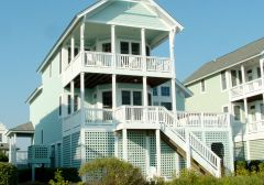 Exterior of Pink Pelican cottage - Manteo, NC