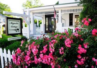 Exterior of Magnolia Cottage - Manteo, NC