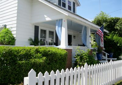 Exterior of Clemons Cottage - Manteo, NC